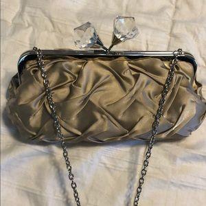SONDRA ROBERTS Satin Clutch purse